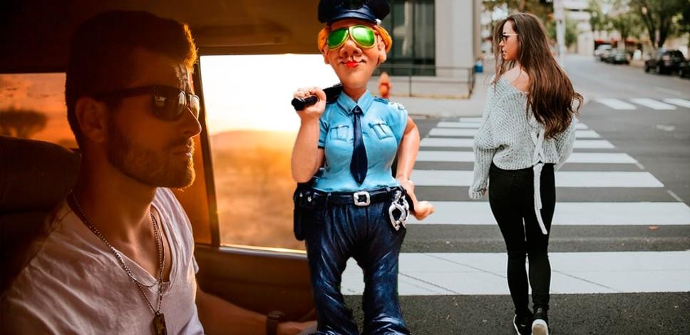 Имеет ли право сотрудник ГИБДД останавливать и проверять документы у пешеходов и пассажиров?