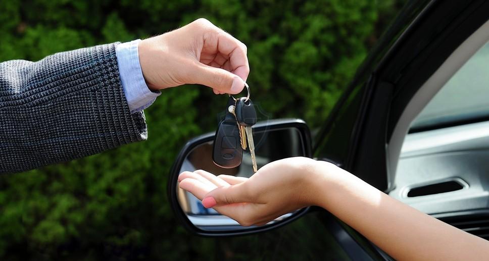 Продал машину, а покупатель попался пьяный до перерегистрации