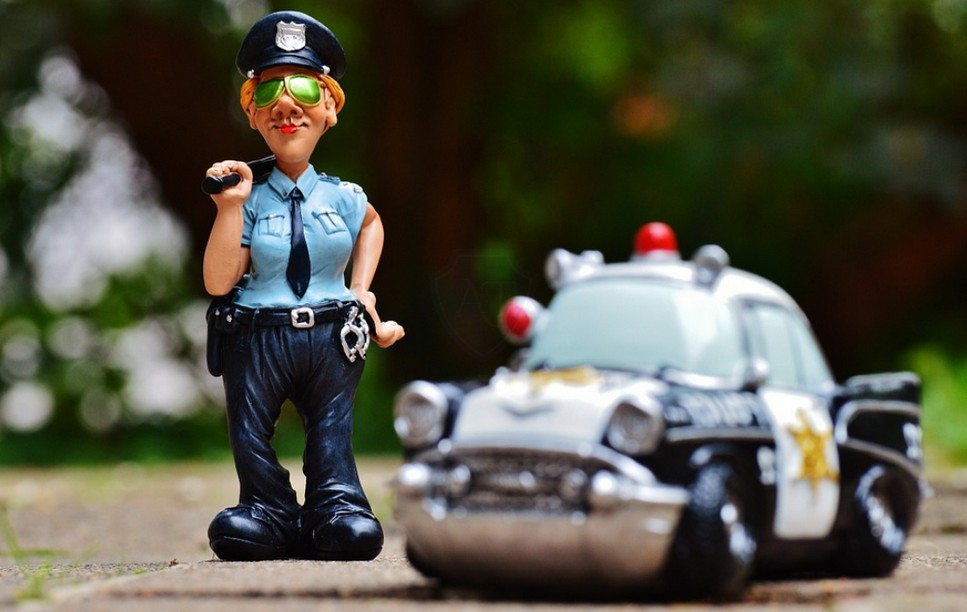 Обязан ли водитель садиться в служебную машину по новому Приказу №664?