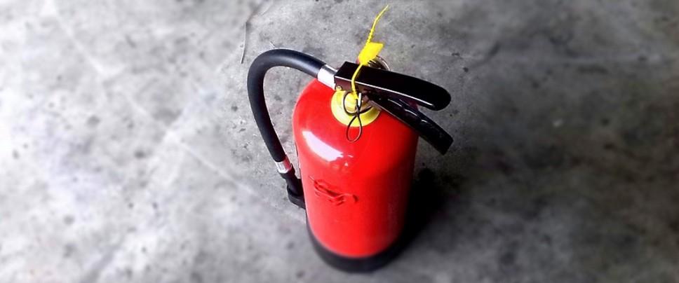 Просроченный огнетушитель – есть ли за это штраф?