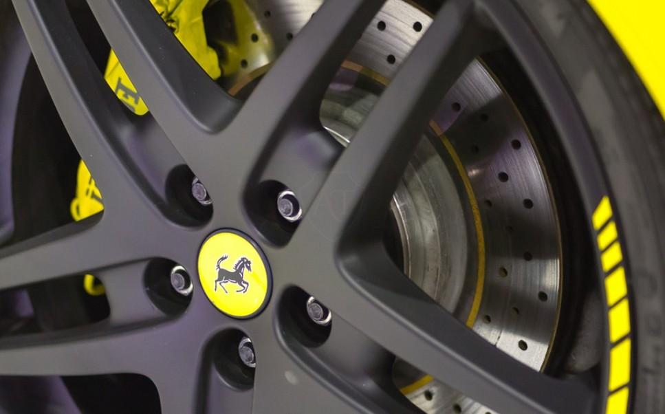 Литые диски на Ferrari