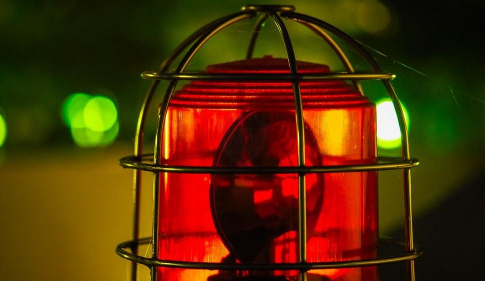 Красный маячок скорой может привести к штрафу или лишению