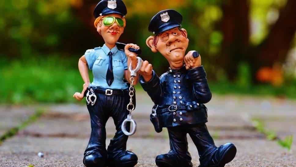 Что может и не имеет право сотрудник патрульной службы