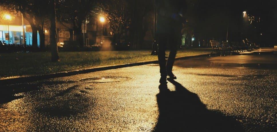 Пешеход пьяный и получил травмы