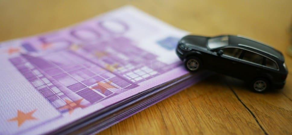 Покупатель имеет право вернуть подержанное авто автосалону