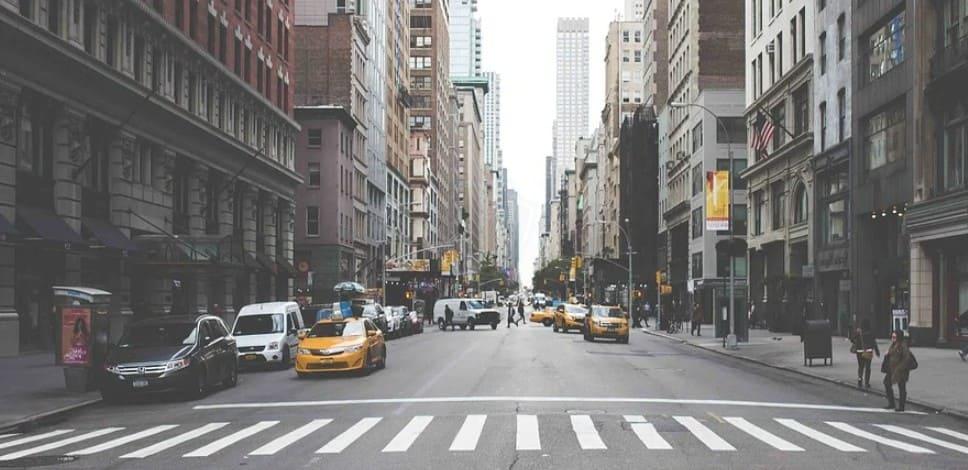 Разъяснение ГИБДД о пропуске пешеходов по новым Правилам