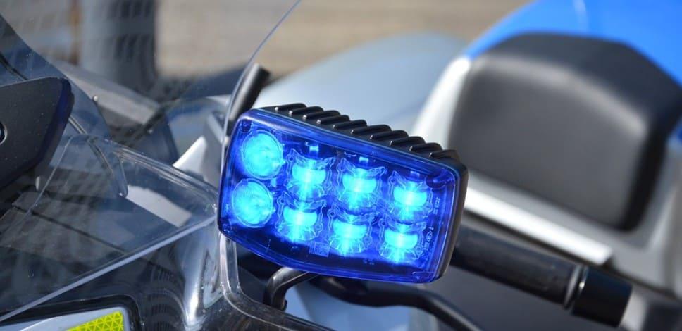 Синие поворотники и габариты на мотоцикле