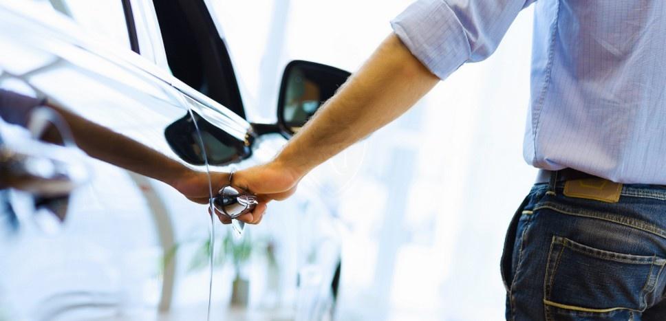 Как купить авто с рук?